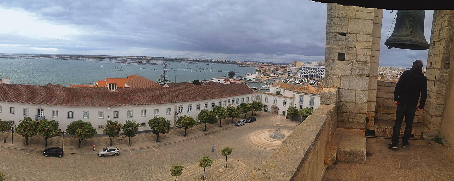 Blick vom Glockenturm der Kathedrale von Faro